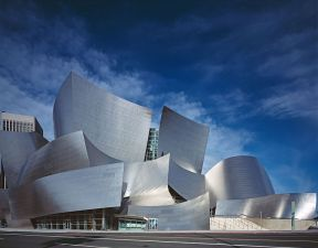 767px-Disney_Concert_Hall_by_Carol_Highsmith_edit2
